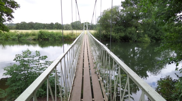 A bridge too far? Nope, it's only 5 miles into the run. Plenty further to go yet!